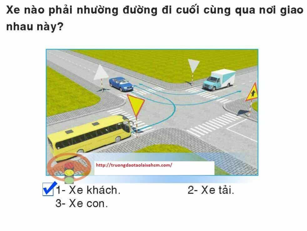 450-cau-hoi-sat-hach-lai-xe-365