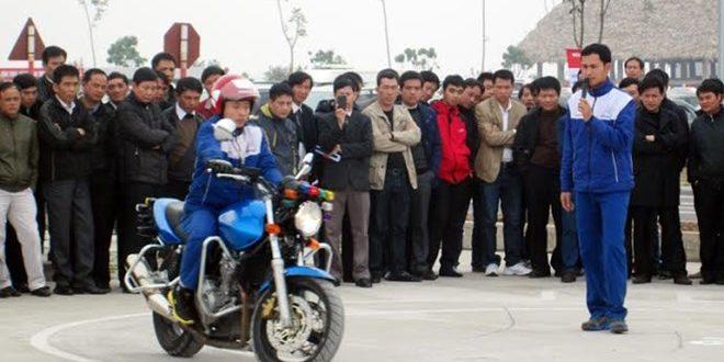 Công ty bổ túc tay lái số sàn ở HCM cover image