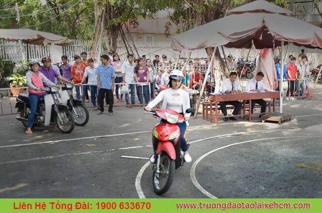 Address exam by motorbike in hcm