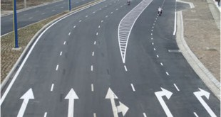 The meaning of Road markings: understand how to go right 14