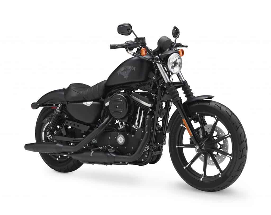 Review of Harley Davidson Iron 883 - 01
