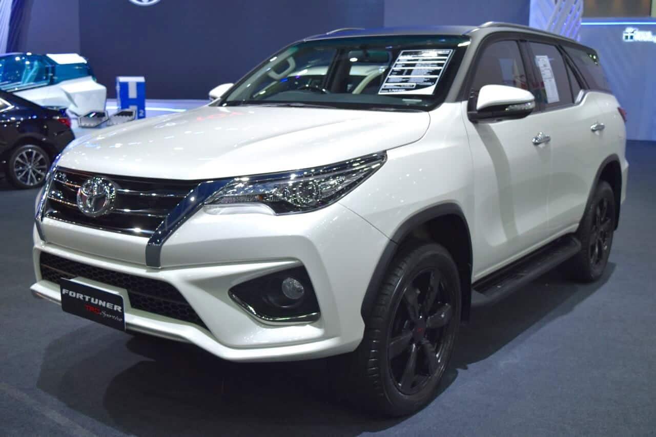 Toyota Fortuner, Fortuner 2017 - review-xe - Đánh Giá Ưu Nhực Của Xe FORTUNER 2017