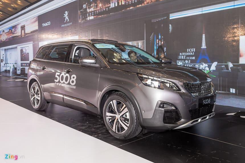 Peugeot 5008, Honda CR-V 5+2 - review-xe - Chi tiết Peugeot 5008 hoàn toàn mới: Đối thủ của Honda CR-V 5+2 tại Việt Nam