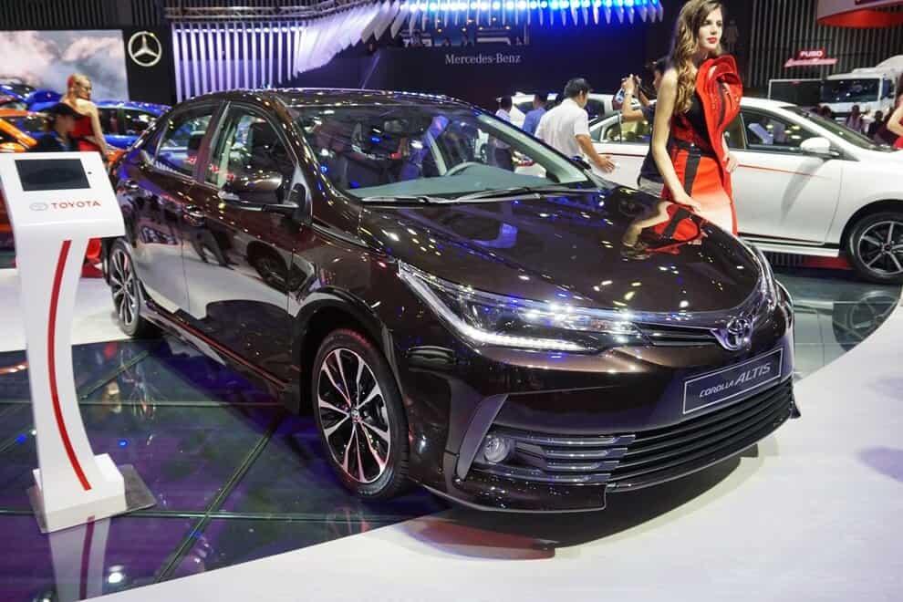 Toyota Altis phiên bản 1.8E và 1.8G 2018 có gì khác nhau? 2