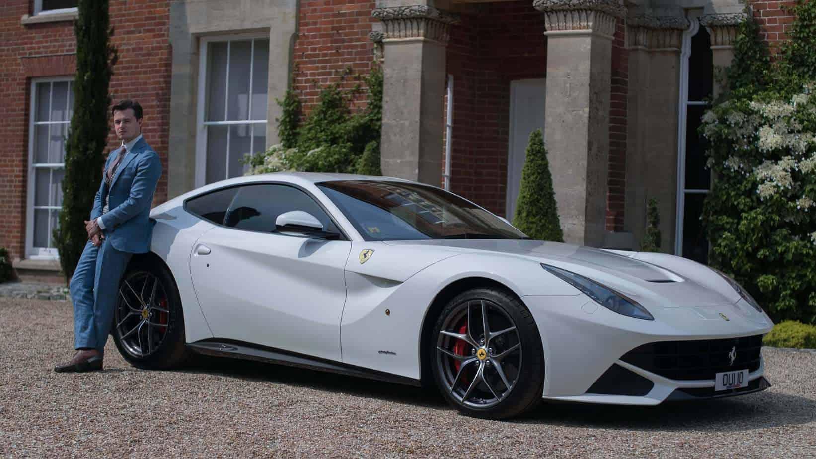 Đánh giá xe Ferrari F12 berlinetta với doanh nhân Quốc Cường 4