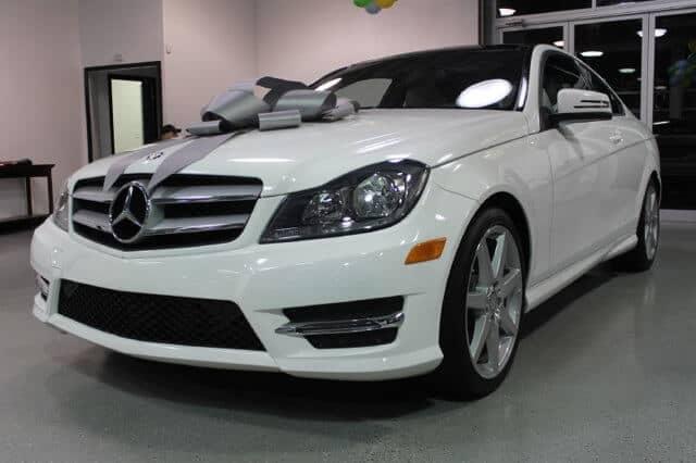 Mercedes Benz C250 j - Đánh giá xe Mercedes-Benz C250 AMG