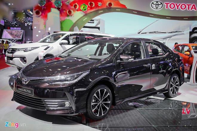 Toyota Altis phiên bản 1.8E và 1.8G 2018 có gì khác nhau? 11