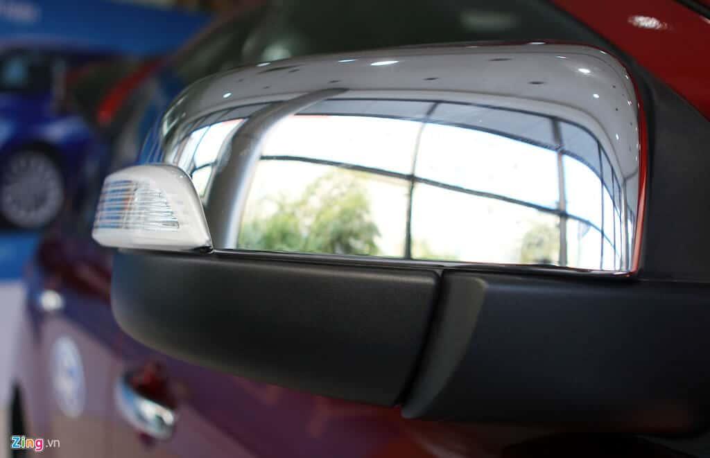 Ford Everest Trend 2.2 có đủ hay để cạnh tranh Toyota Fortuner 2.4G 6