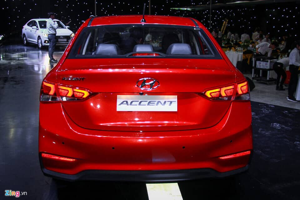 Hyundai Accent 2018 vs Honda City và Toyota Vios 5