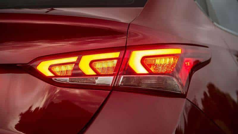 chi tiet Hyundai Accent 2018 tuvanmuaxe vn 11 - Đánh Giá Hyundai ACCENT 2018 Áp Đảo Mọi Đối Thủ Cùng Phân Khúc