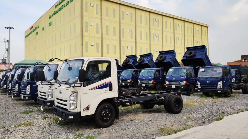 Lần đầu nghịch xe tải Đô Thành IZ65 giá mềm tại Việt Nam 1