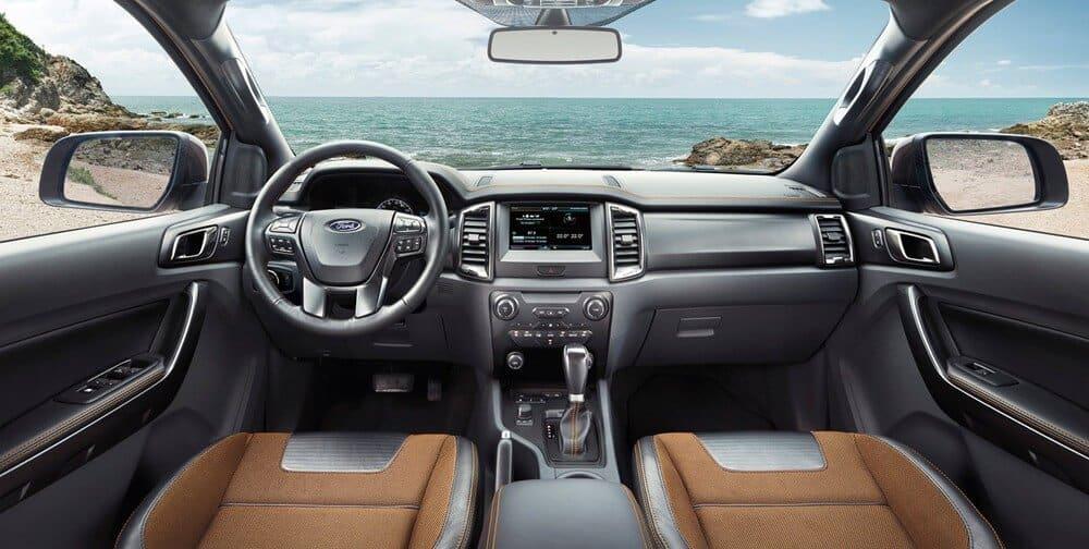 danh gia noi that Ford Ranger XLS 2015 cu - Đánh Giá Ford Ranger XLS 2015 Sau Gần 4 Năm Sử Dụng