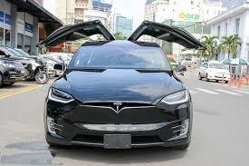 Khám phá chi tiết Tesla Model X bản P100D 1