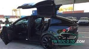Khám phá chi tiết Tesla Model X bản P100D 12