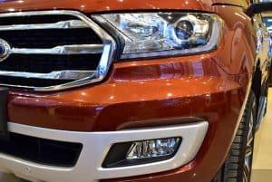 Den pha HID tu dong ket hop dai led 300x201 - Đánh giá nhanh Ford Everest Titanium 2.0L Bi-Turbo AT AWD
