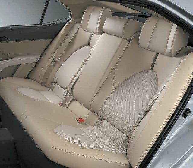 Bán xe ô tô Toyota Camry 2.0 giá rẻ trên toàn quốc. Xe giá rẻ với thông tin báo giá đầy đủ tại oto.com.vn - nơi tốt nhất để mua bán xe hơi ở Việt Nam