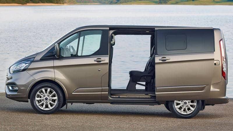 Đánh giá MPV 7 chỗ Ford Tourneo - đối trọng Kia Sedona giá chưa tới 1 tỷ đồng 4