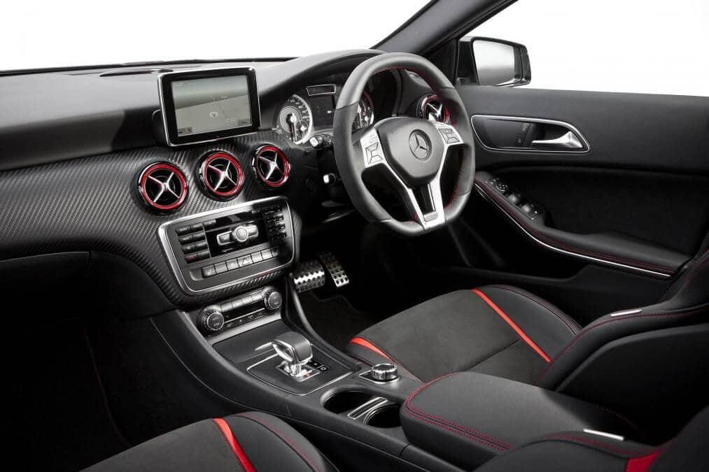 """Trải Nghiệm Mercedes-Benz A45 AMG """"Độ Nhẹ"""" Bởi Tự Thanh Đa 3"""