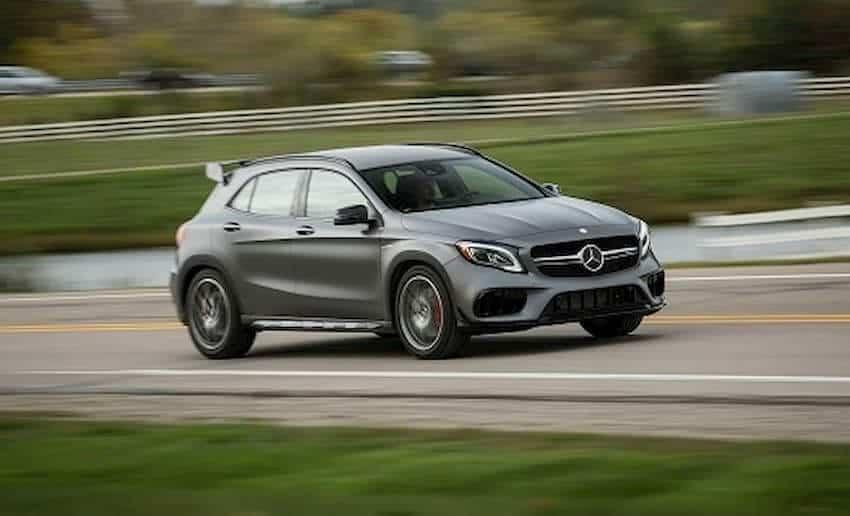 """Trải Nghiệm Mercedes-Benz A45 AMG """"Độ Nhẹ"""" Bởi Tự Thanh Đa 4"""