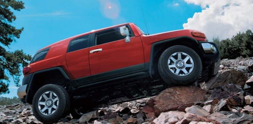 Dưới 4 Tỷ Chọn Xe Địa Hình Nào? Jeep Wrangler Rubicon hay Toyota FJ Cruiser? 4