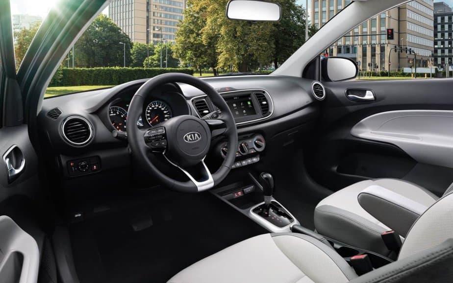 Chọn Mitsubishi Attrage hay Kia Soluto 400 triệu - Phân tích Ưu/Nhược điểm 3