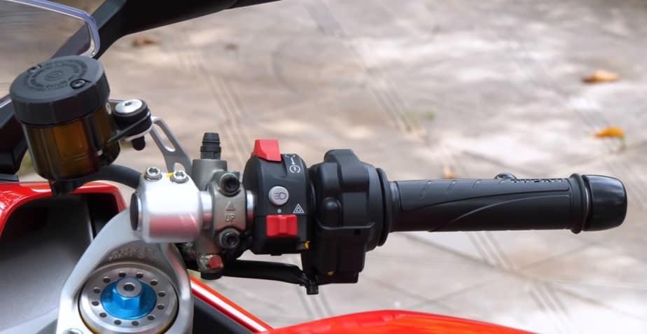 Ducati SuperSport S: Mãnh Thú Giá Chỉ Hơn 400 Triệu Như Thế Nào 2