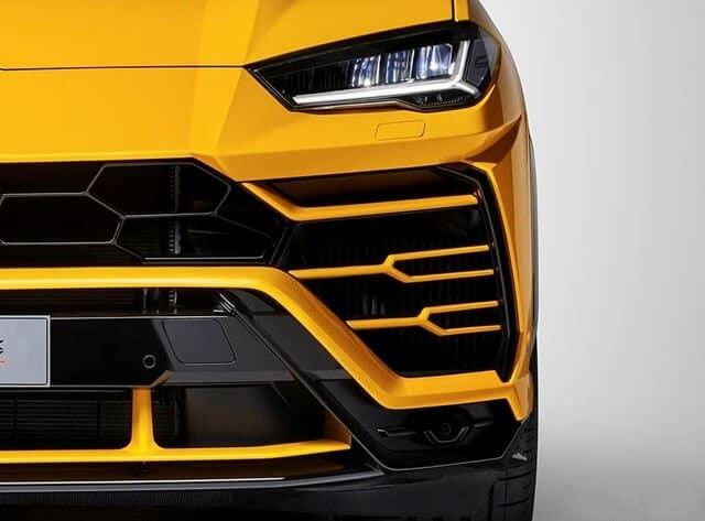 Chi Tiết Lamborghini Urus Bản 4 Chỗ Full Carbon Chỉ Dưới 20 TỶ 2