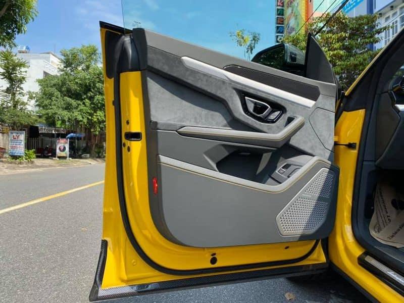 Chi Tiết Lamborghini Urus Bản 4 Chỗ Full Carbon Chỉ Dưới 20 TỶ 6