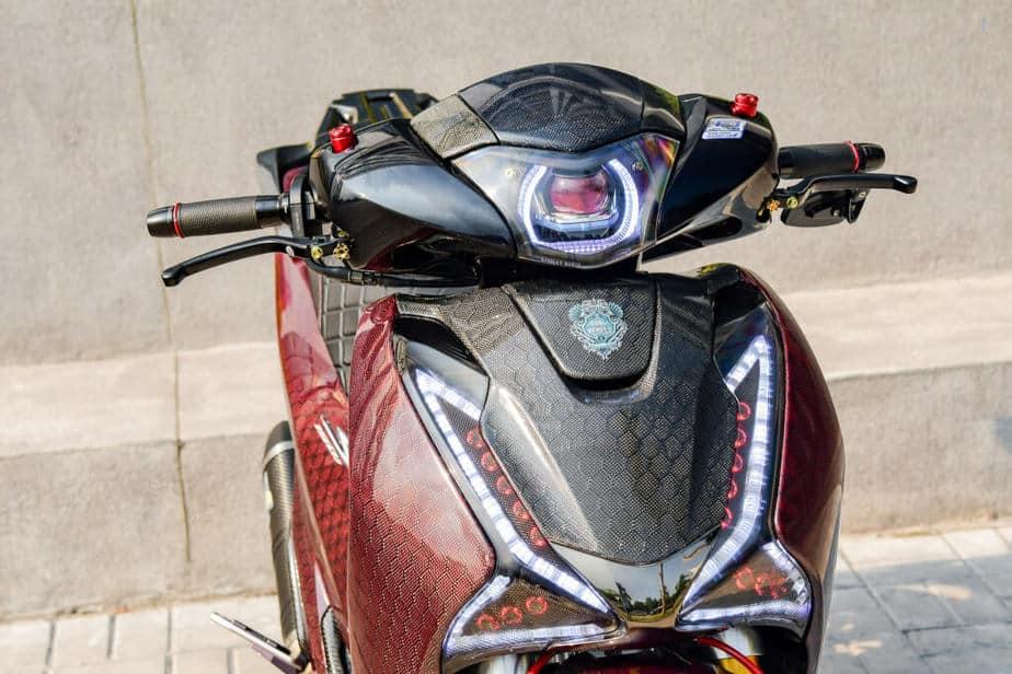 Độ Honda SH 150i Hết Hơn 500 Triệu - Phuộc Ducati V4S Dàn Vỏ Full Carbon 5