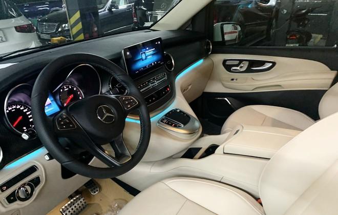 Mercedes V250 AMG