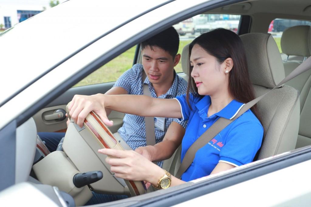 dịch vụ thuê xe tập lái trọn gói quận 6 HCM